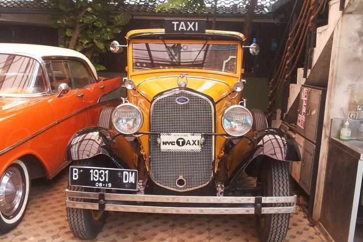 Salah satu mobil kuno koleksi Hauwkes Auto Gallery.