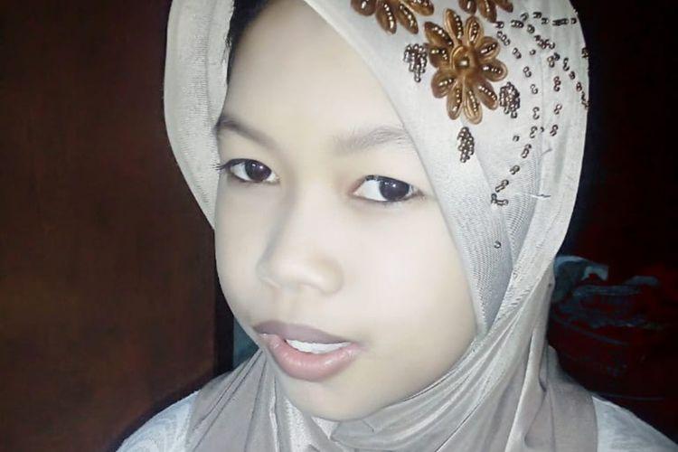 Yulianti, gadis 20 tahun asal Cisarua, Sumedang, Jawa Barat hilang misterius selama 5 bulan. Dok. Keluarga