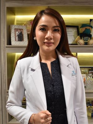 Dokter Gaby Syerly.