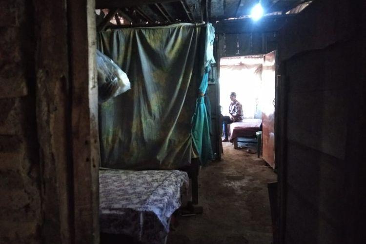 Kondisi Rumah Nenek 70 tahun di Kabupaten Bondowoso yang dirampok pada Senin (19/4/2021) jelang sahur