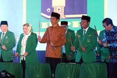 Di Hadapan Jokowi, Sekjen PPP Nyanyikan Lagu