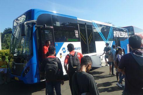 PT Transjakarta Luncurkan 100 Bus Maxi