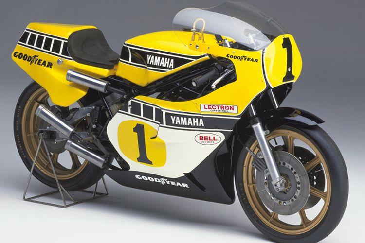 Yamaha YZR500 dengan livery Speed Block yang digunakan oleh Kenny Roberts