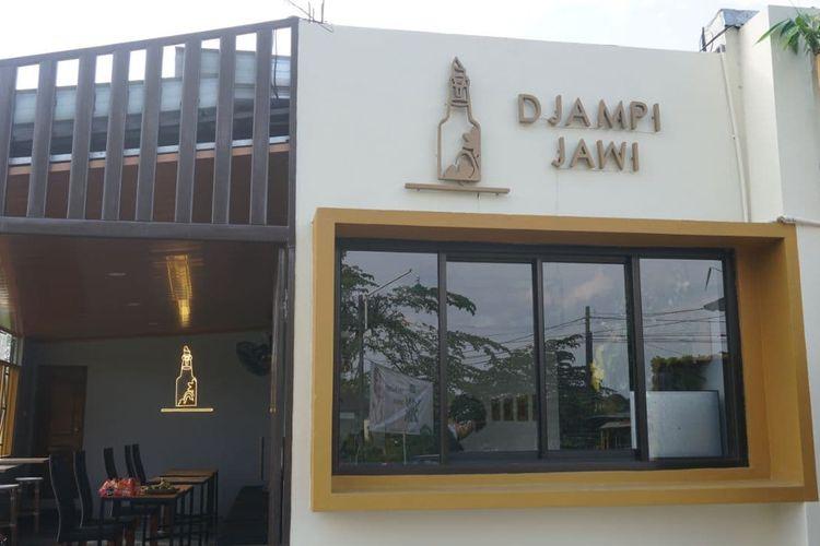 Fasad Djampi Jawi, kafe jamu modern di Klaten, Sabtu (10/4/2021).