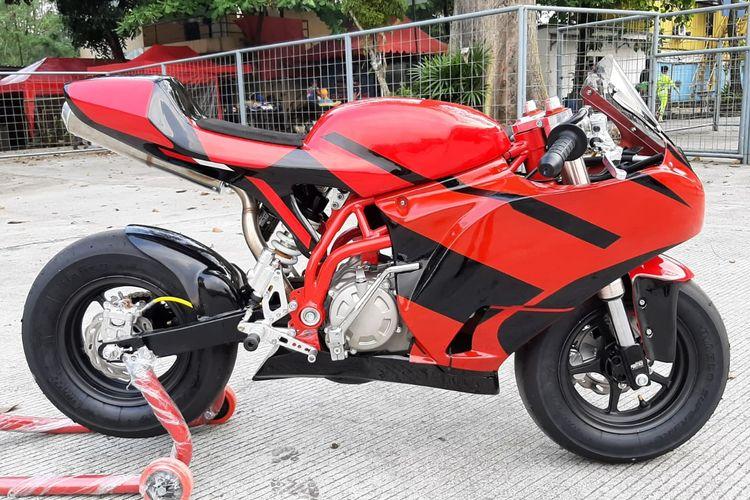 Test ride motor balap MiniGP Alrasyid SND AP10