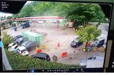 Kronologi Truk Kontainer Timpa 7 Mobil di Rest Area Tol Cipularang