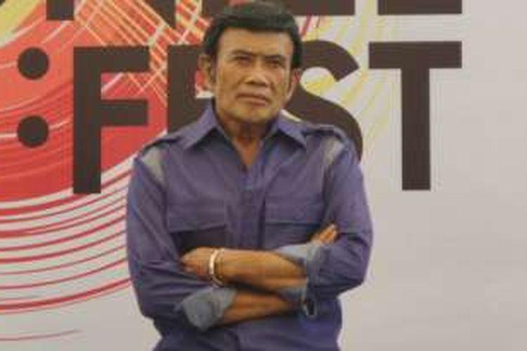 Rhoma Irama dalam konferensi pers Synchronize Fest 2016 di Mitra Terace, Gatot Subroto, Jakarta Selatan, Rabu (19/10/2016).
