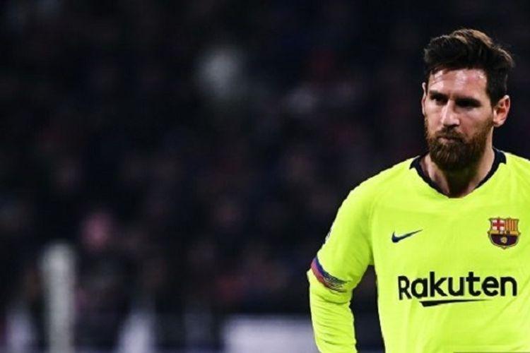 Pemain Barcelona, Lionel Messi, pada laga leg pertama Liga Champions UEFA antara Lyon (OL) dan FC Barcelona pada 19 Februari 2019, di Stadion Groupama di Decines-Charpieu, Perancis.