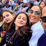 Melihat Jennifer Lopez, Sang Ibu, dan Anak Perempuannya