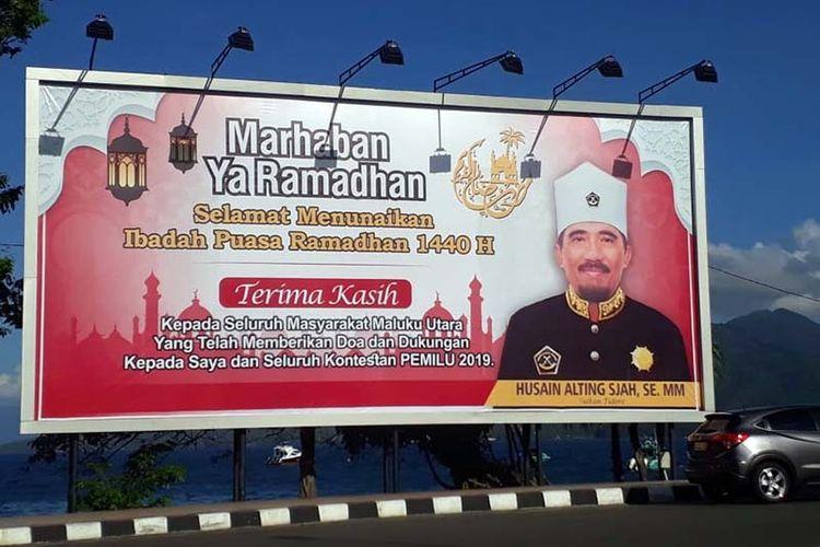 Baliho ucapan terima kasih Husain Alting yang juga Sultan Tidore yang dipasang di Kota Ternate.