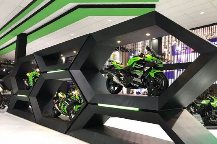 Booth Kawasaki di Jakarta Fair Kemayoran 2018