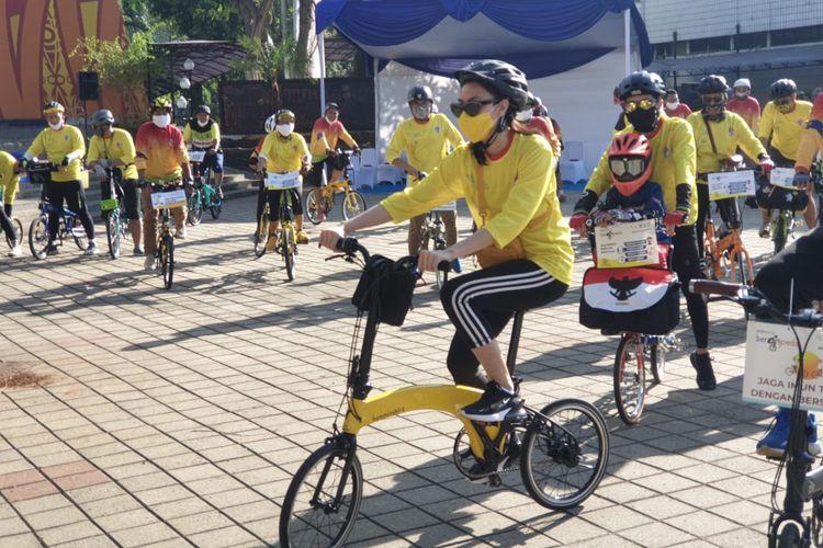 Kegiatan milenial bersepeda di penghujung bulan pemuda dan jadi rangkaian hari sumpah pemuda yang dirayakan setiap 28 Oktober.