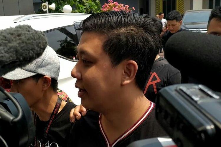 Pablo Benua tiba di Kejaksaan Negeri Jakarta Selatan, kawasan Tanjung Barat, Kamis (24/10/2019).