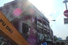 Alat Berat Rusak Saat Pembongkaran Toko di Kampung Pulo, Warga Tertawa Mengejek