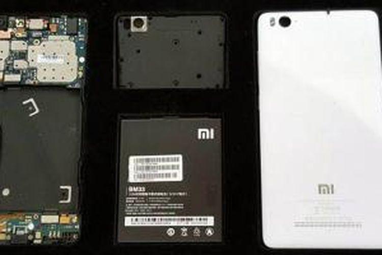 Komponen-komponen Xiaomi Mi 4i.