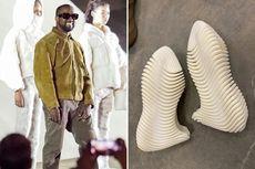 Warganet Ejek Desain Sepatu Yeezy Terbaru Kanye West
