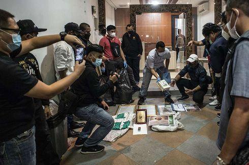 Polri: Ada Bahan Kimia Berpotensi Jadi Bahan Baku Peledak TATP dari Penggeledahan Petamburan