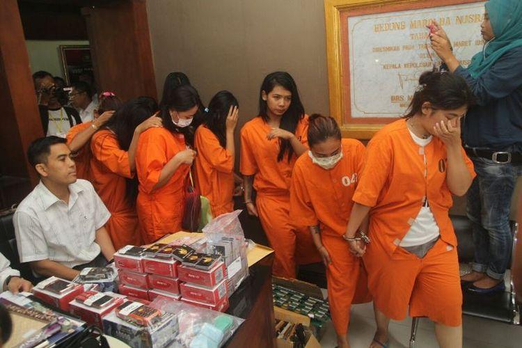 Polisi menggerebek tempat judi ketangkasan alias dingdong berkedok tempat pijat atau spa di Jalan Setiabudi Nomor 234, Kuta, Badung, Bali.