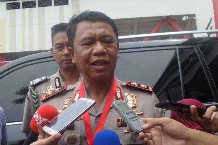 Kapolda Jawa Barat Irjen Anton Charliyan di kompleks PTIK, Jakarta, Jumat (27/1/2017).