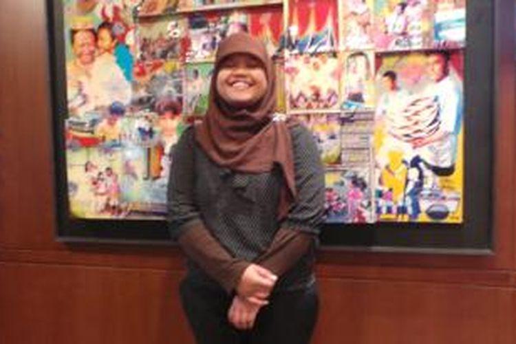 Ratna Setyaning Widayanti (20) mahasiswi lulusan ASBI, Malang, Jawa Timur, yang kuliah di AS melalui bantuan Putra Sampoerna Fondation (PSF). Rabu (21/5/2014).