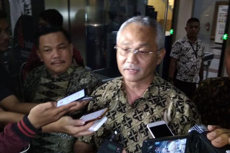 Inspektur Jenderal Kementerian Pekerjaan Umum dan Perumahan Rakyat (PUPR) Widiarto mendatangi Gedung Merah Putih Komisi Pemberantasan Korupsi (KPK), Jakarta, Jumat (28/12/2018) sekitar jam 23.00 WIB.