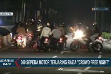 Saat Sejumlah Pengendara Motor Panik Hindari Razia Crowd Free Night di Bundaran Senayan