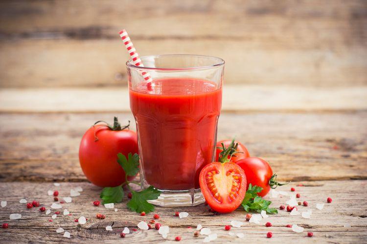 Ilustrasi jus tomat.
