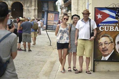 Tiba di Kuba, Obama Temui Para Staf Kedubes AS di Havana