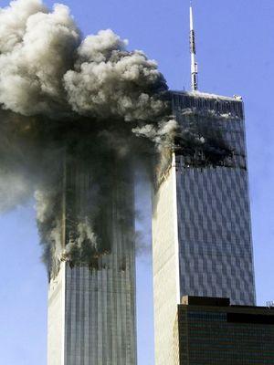 Teori konspirasi telah lama mempertanyakan apakah dampak tabrakan pesawat tersebut dapat menyebabkan gedung kokoh menara kembar WTC di New York runtuh?