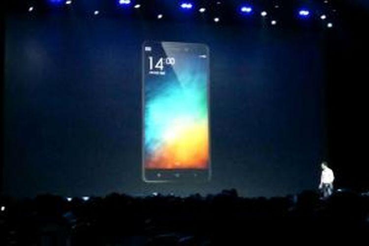 Xiaomi memperkenalkan smartphone Android terbarunya, Mi Note di kota Beijing, Tiongkok, Kamis (15/1/2015).