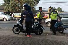 Viral Video Polisi yang Tendang Pemotor hingga Tersungkur, Ini 4 Faktanya