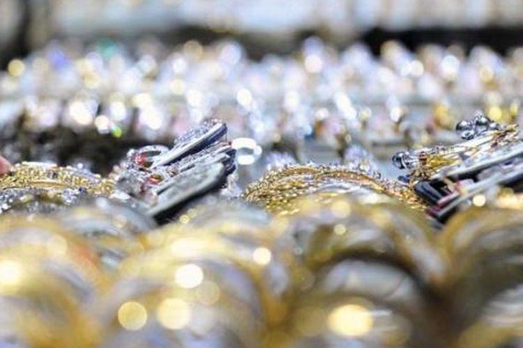 Ilustrasi: perhiasan emas