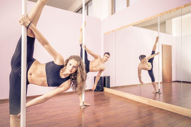 ilustrasi pole dance