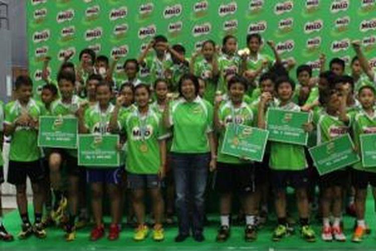 Para juara MILO Schol Competirtion 2014 di Taufik Hidayat Arena, Minggu (01/06/2014).