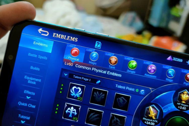Ilustrasi menu Emblems di Mobile Legends.