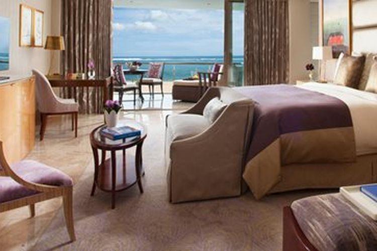 Kamar Suite di The Mulia, Bali.