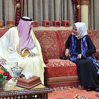 Raja Salman dan Ibu Iriana. (Biro Pers Sekretariat Presiden)