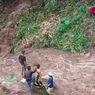 Sungai Mendadak Meluap, Pengunjung Air Terjun Curup Air Hitam Nyaris Hanyut