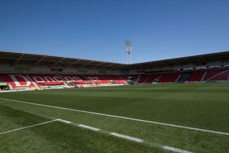 Stadion Keepmoat, kandang klub League One (kasta ketiga Liga Inggris) Doncaster Rovers.