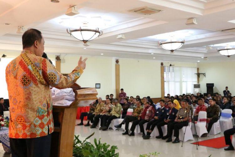 Menristekdikti Mohamad Nasir saat menjadi pembicara seminar ?Brand Yourself to be Young Success Technopreneur? nasional di Politeknik Negeri Semarang, Sabtu (15/9/2018).
