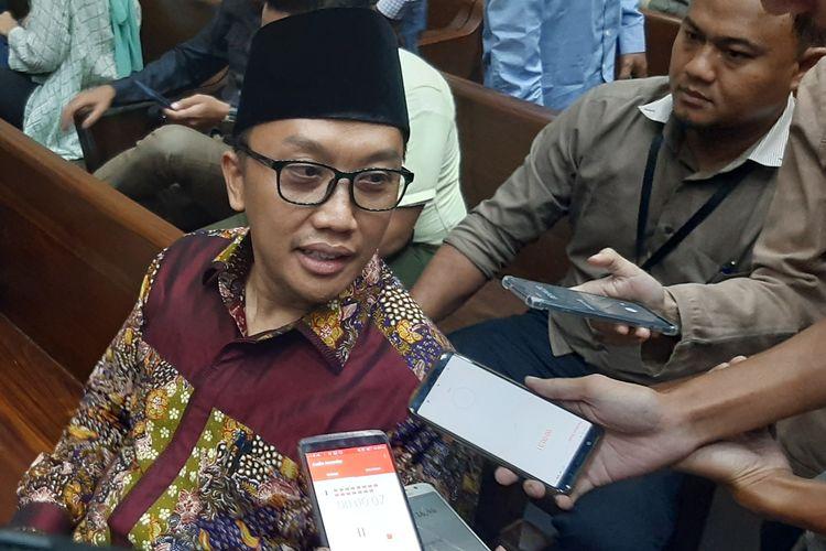 Mantan Menteri Pemuda dan Olahraga Imam Nahrawi saat ditemui di Pengadilan Tipikor Jakarta, Rabu (11/3/2020).