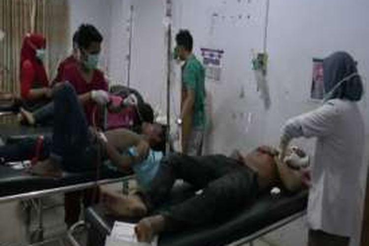 5 Remaja yang mengalami kecelakan di malam tahun baru kritis dan dilarikan ke rumah sakit umum polewali mandar minggu dinihari tadi (1/1)