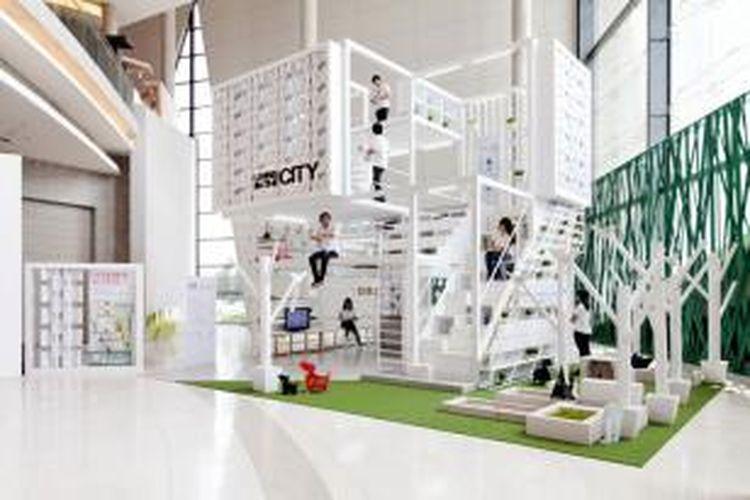 Dibangun di lahan seluas 97 meter persegi, prototip hunian tersebut merupakan hunian dengan konsep multi guna. Isinya meliputi dua lantai utama, dua lantai mezzanine, serta sebuah area hijau.
