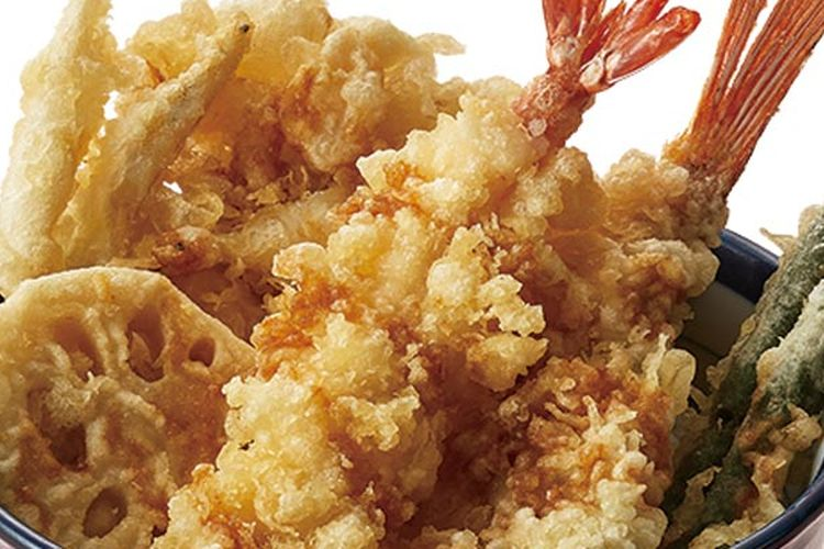 Soshun Tendon ini terdiri dari campuran gorengan tempura ikan dan sayur yang tekstur serta rasanya paling baik hingga awal musim semi.