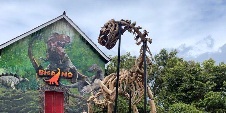 Parah! Bigdino Feeding Dinosaurs di Bandung, Bisa Beri Makan Dinosaurus