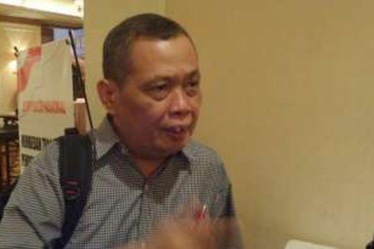 Ketua bidang kebudayaan dan hubungan antar umat beragama PBNU, Imam Aziz, menampik teori bahwa telah terjadi konflik horizontal antara warga NU dengan warga PKI yang menyebabkan terjadinya peristiwa pembunuhan massal sekitar tahun 1960-an. Hal tersebut ia utarakan saat menjadi panelis di Simposium Nasional Membedah Tragedi 1965, di Jakarta, Selasa (19/4/2016).