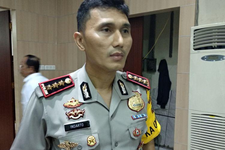 Kapolres Metro Bekasi Kombes Indarto saat memberikan keterangan kepada wartawan Selasa (30/1/2018)
