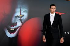Mengenal Bill Skarsgard, Pemeran Pennywise di It: Chapter 2