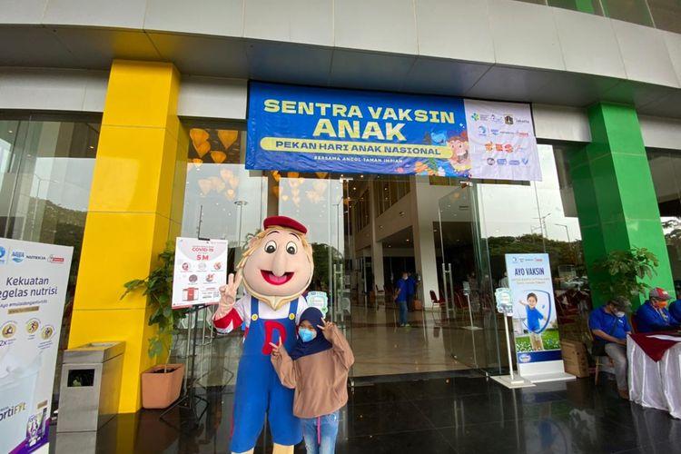 Memperingati hari Anak Nasional (HAN) yang jatuh pada hari ini, Jumat (23/7/2021), Taman Impian Jaya Ancol membuka sentra vaksinasi khusus anak di Mall Ancol Beach City (ABC) kawasan Ancol Taman Impian.