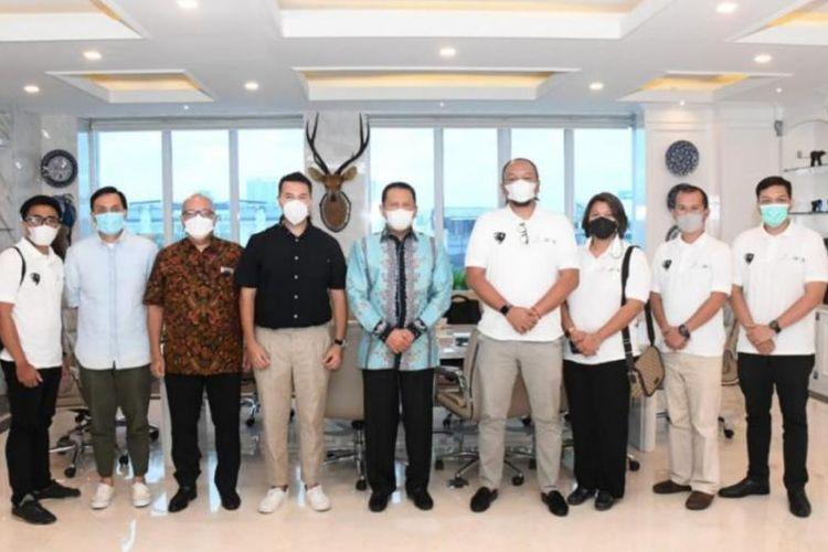 IMI bersama PT Mahakarya Sukma Abadi siap garap Maung Pindad jadi versi listrik